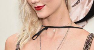 cara-delevingne-karlie-kloss-reveal-platinum-blond-hair