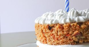 healthy-carrot-cake-with-maple-cinnamon-frosting